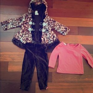 Adorable outfit! Great for the winter/ fall season